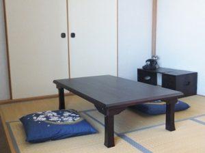 座卓の生活なら股関節の退化を抑えられます!