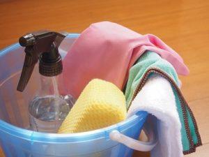 大掃除で油断すると腰痛やぎっくり腰、四十肩になることも。痛みが出たら鴨居内田接骨院へ!